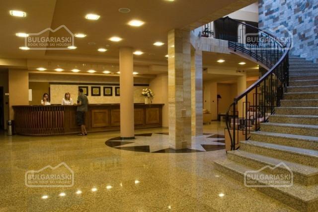 Orphey Hotel3