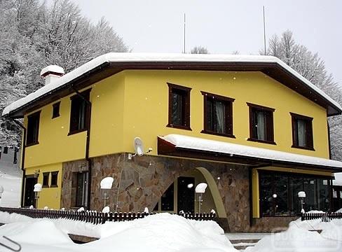 Hlebna Hotel1