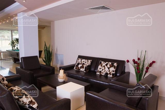 Redenka Palace Aparthotel4