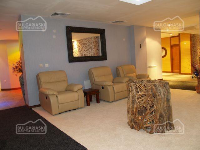Emerald Hotel4