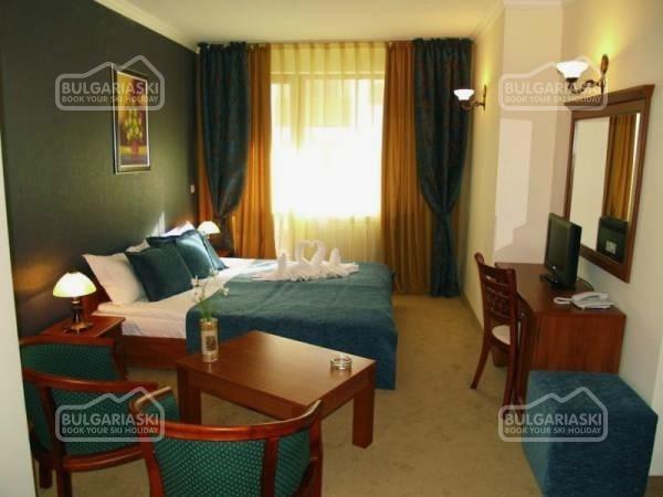 Emerald Hotel7
