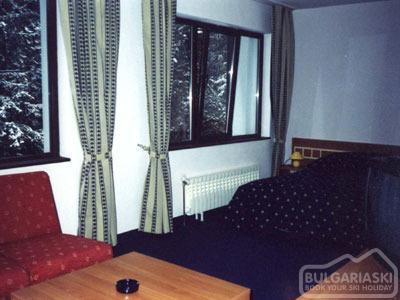 Zodiac Hotel11