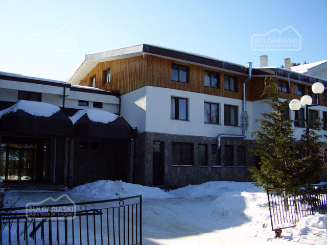 Mountain Lakes Hotel21