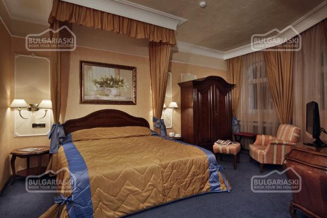 Festa Winter Palace Hotel4