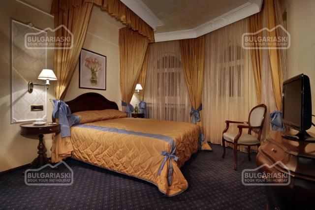 Festa Winter Palace Hotel5