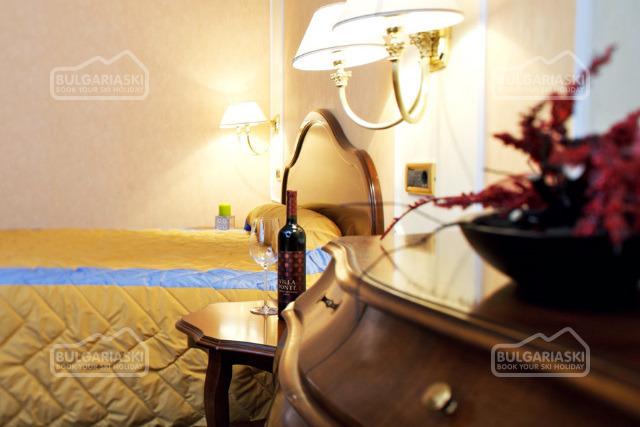 Festa Winter Palace Hotel8