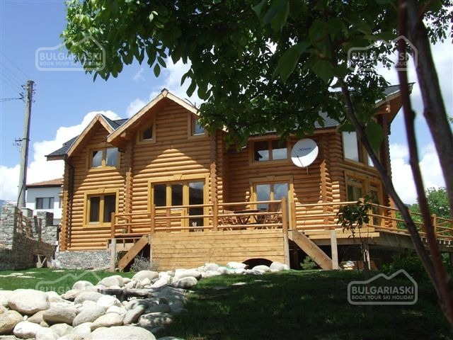 The Green Pine Chalet19