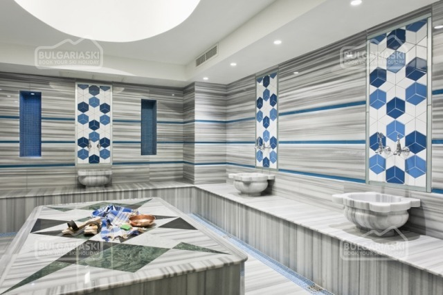 Regnum Aparthotel35