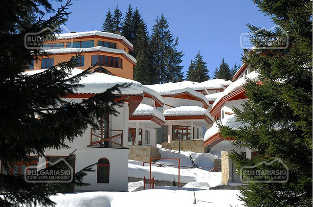 Pamporovo Village3