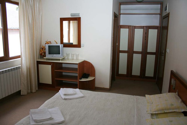 Lazur Family Hotel5
