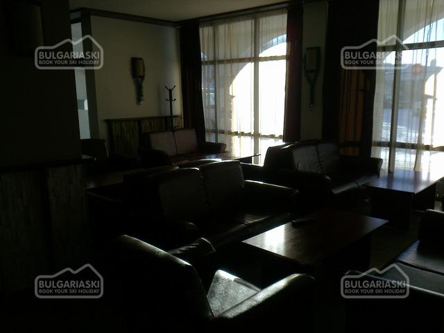 Silver Hills Hotel14