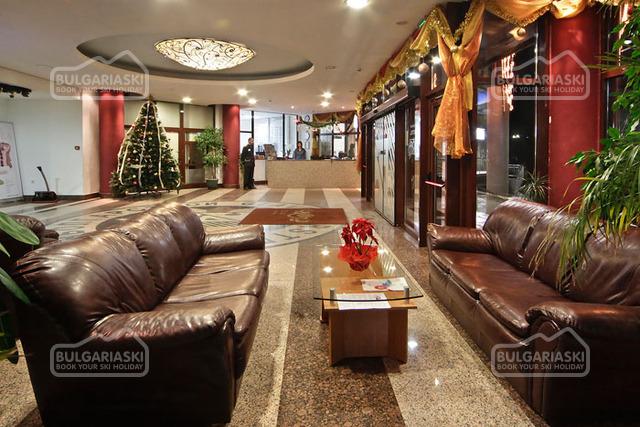 Flora hotel7