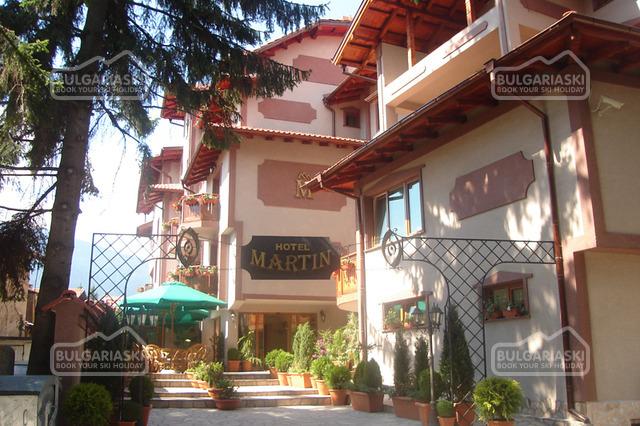 Martin Club Hotel1