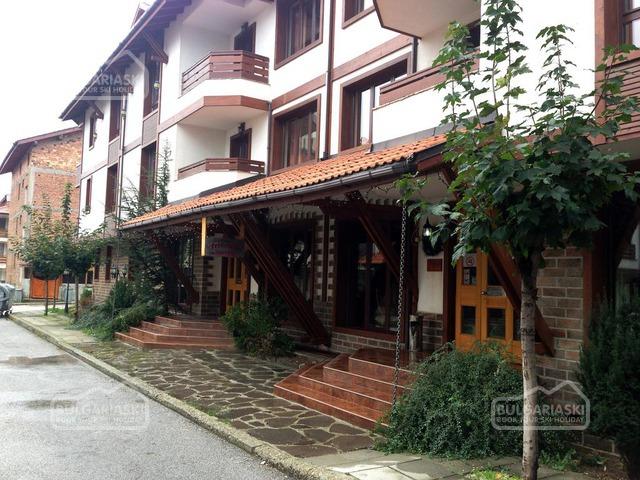 Friends Hotel5
