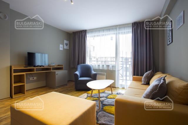 Sunny Hills Hotel7