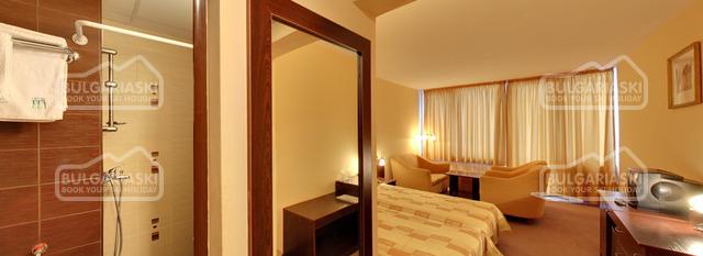 Ela Hotel13