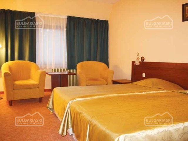 Ela Hotel4
