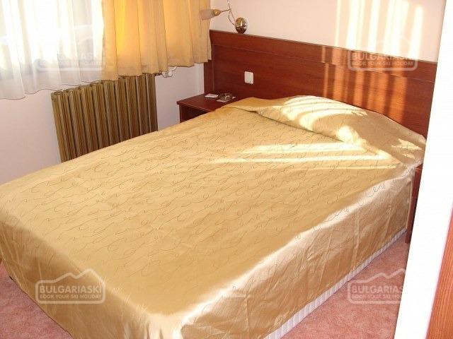 Ela Hotel6