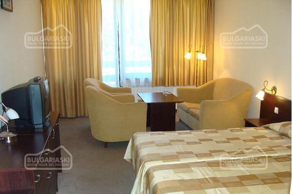 Ela Hotel9
