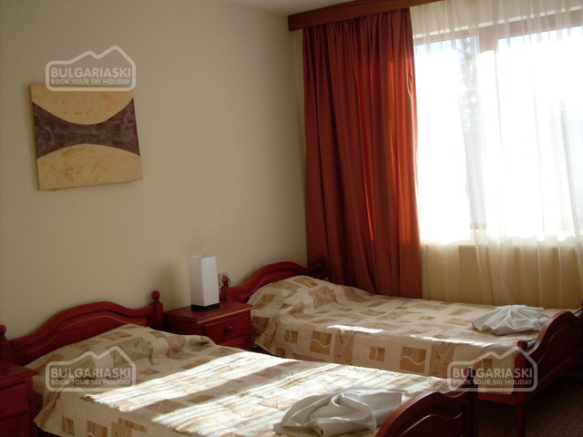 Elina Hotel4