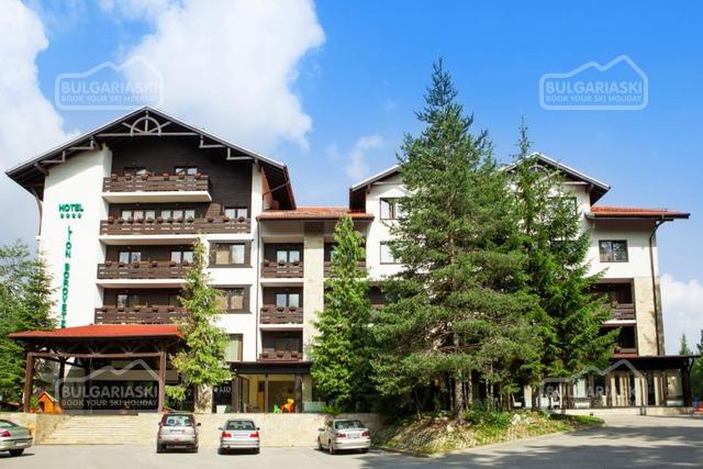 Lion Hotel1