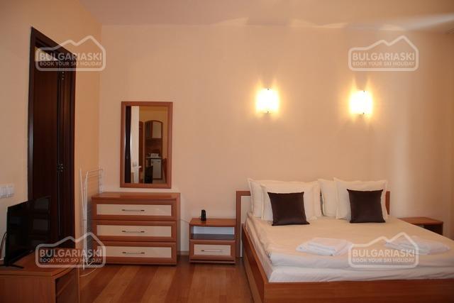 Flora apartments2