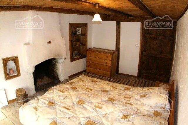 Brier Lodge House14