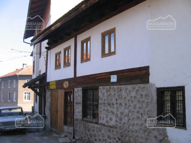 Brier Lodge House3