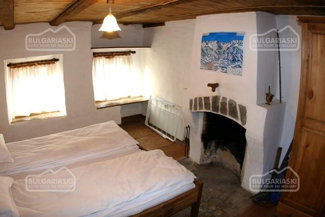 Brier Lodge House10