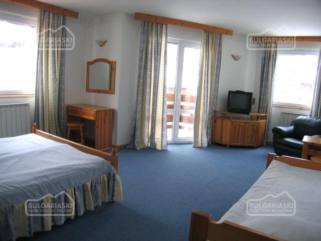 Martin Hotel8