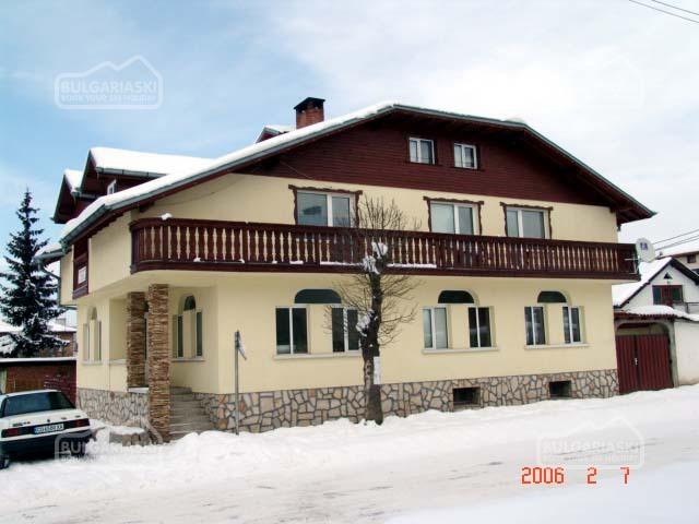 Villa Four Seasons1