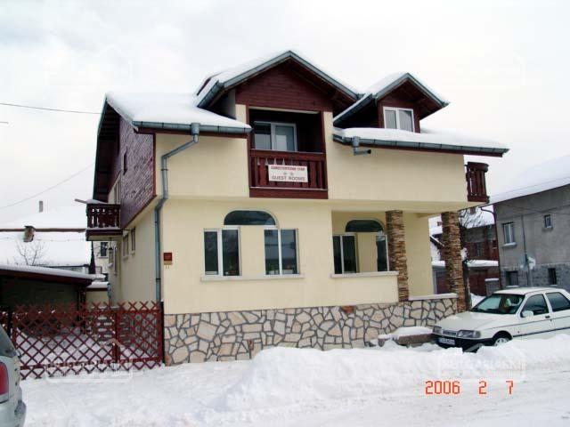 Villa Four Seasons2