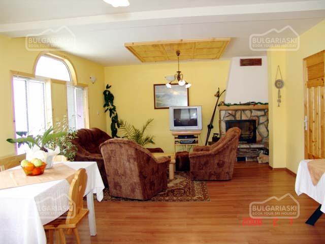 Villa Four Seasons4