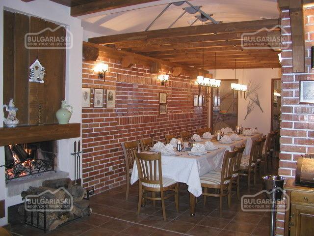 Razlog Hotel16