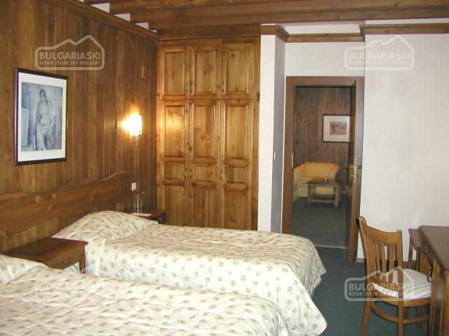 Razlog Hotel9